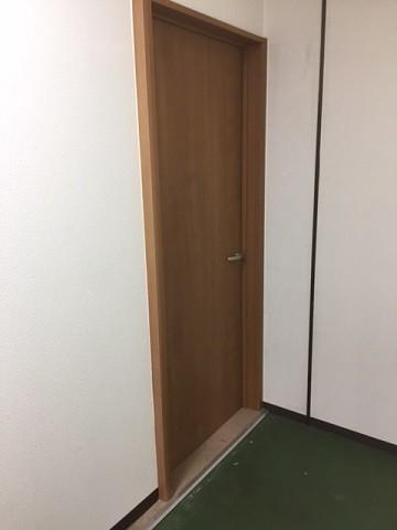 真栄ドア2